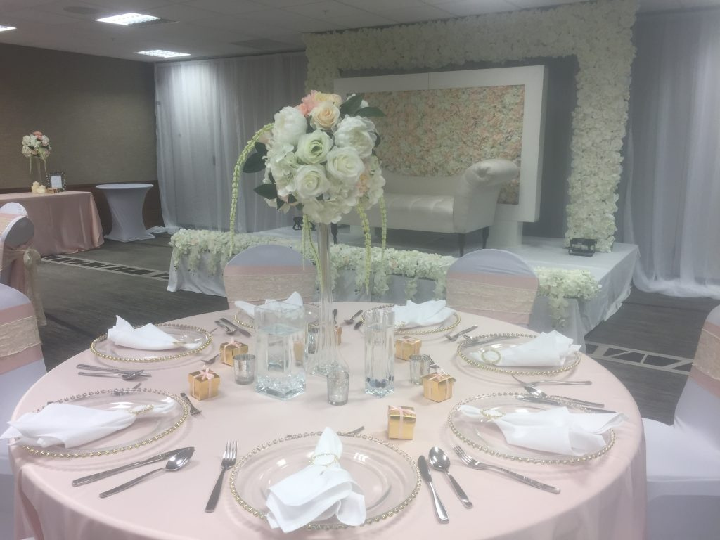 Luxe Floral Centrepiece x Event Styling